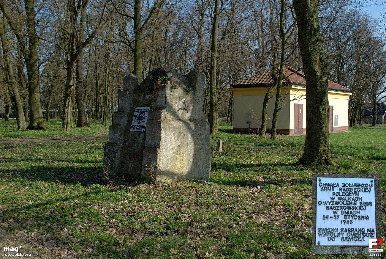 Pomnik Żołnierzy Armii Czerwonej w Baszkowie